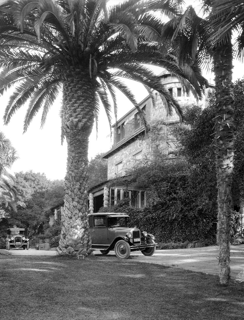 Historic Photo of Stags' Leap Manor House and Automobile